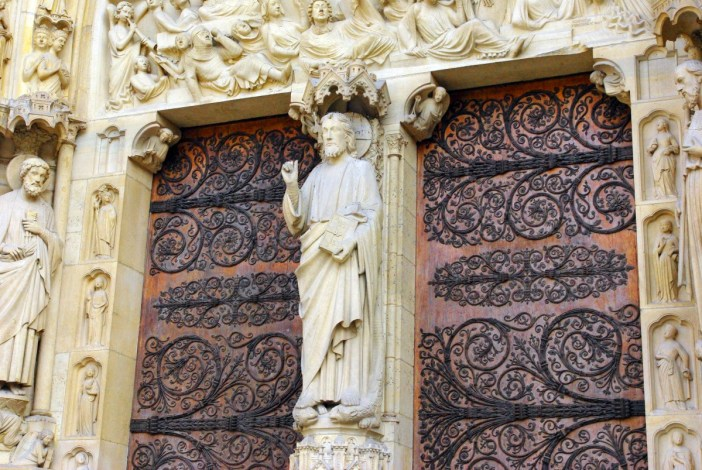 The trumeau of the Portal of Last Judgment, Notre Dame de Paris © French Moments