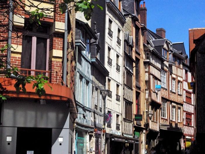 Rue de la Vicomté, Rouen © French Moments