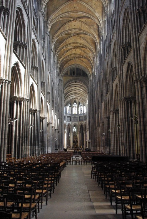 The Cathedral's Nave © French Moments