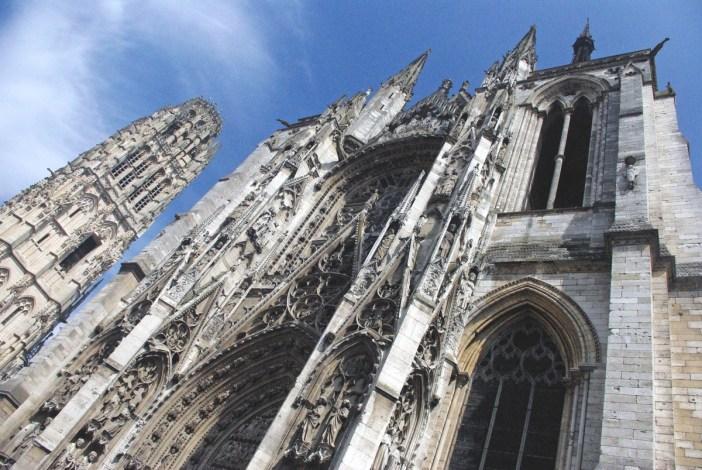 The cathedral of Rouen (Porte de la Calende) © French Moments