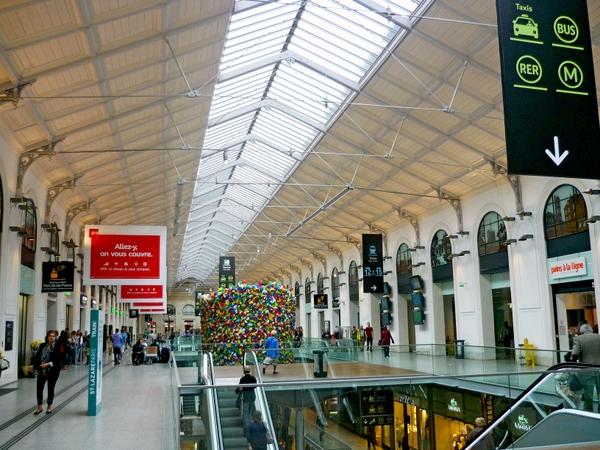 Gare Saint-Lazare Paris © French Moments