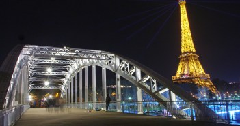 The Eiffel Tower and Passerelle Debilly © French Moments
