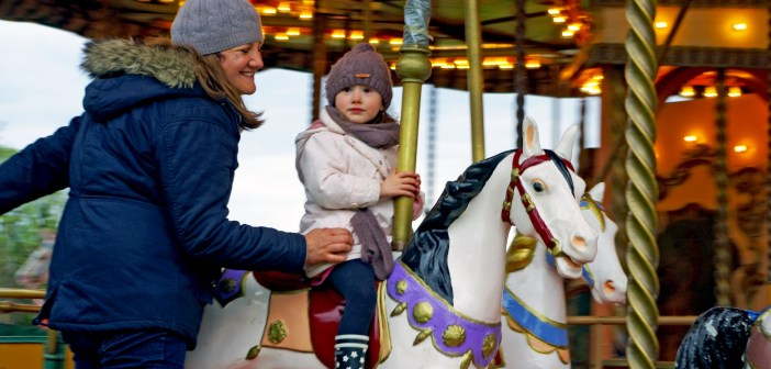 Merry go Round Enjoy Paris is Spring © French Moments