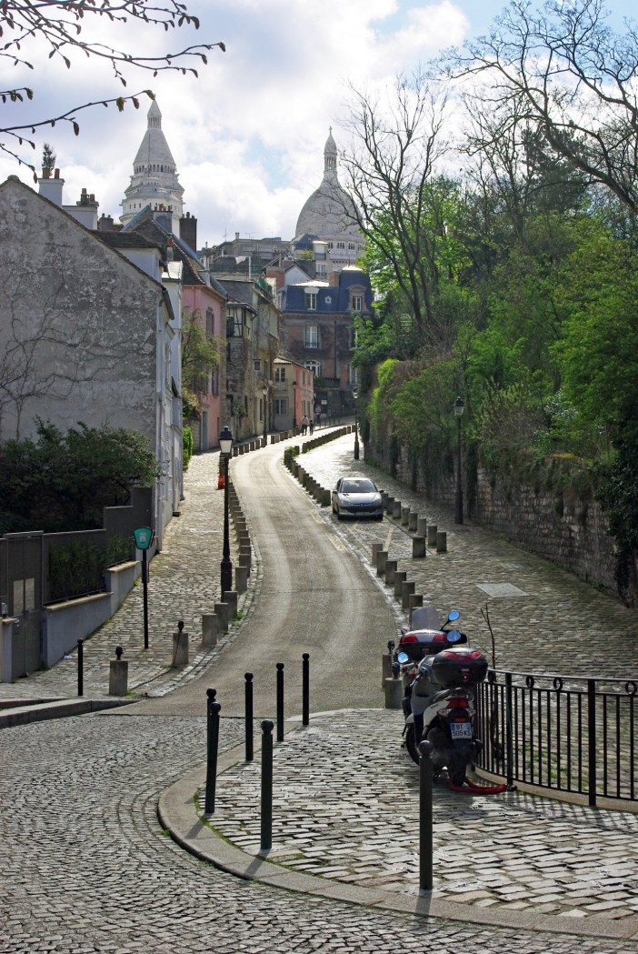 Rue de l'Abreuvoir, Montmartre © French Moments