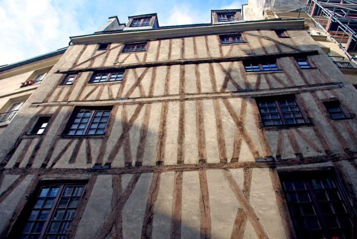 Half-timbered house on Rue Volta, once thought to be Paris' oldest house but dating back to the 17th century © French Moments