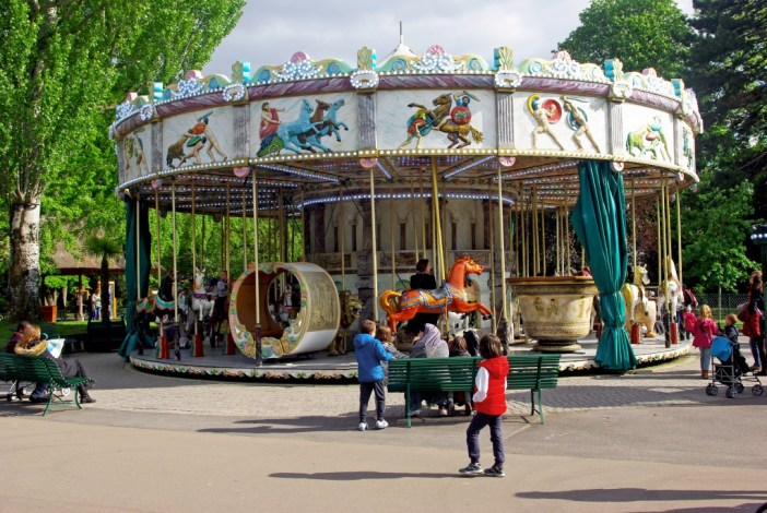 Jardin d'Acclimatation, Paris - French Moments