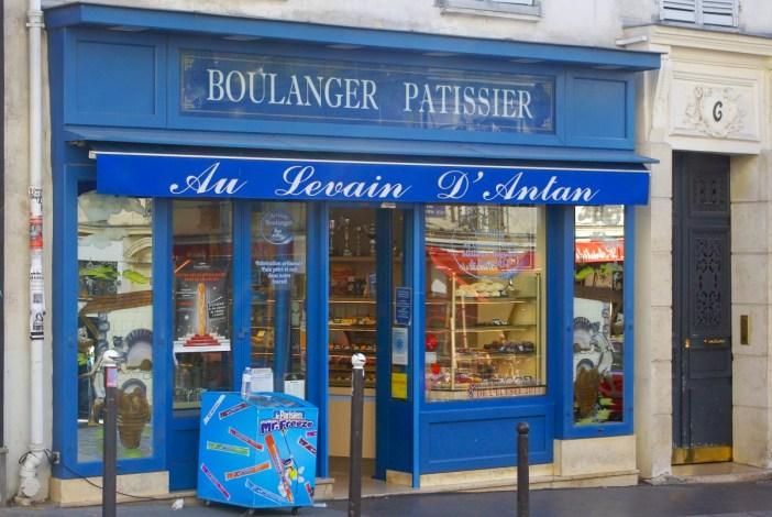 baguettes in Paris Au levain d'antan