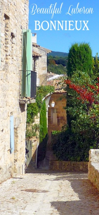 Bonnieux Luberon Provence © French Moments
