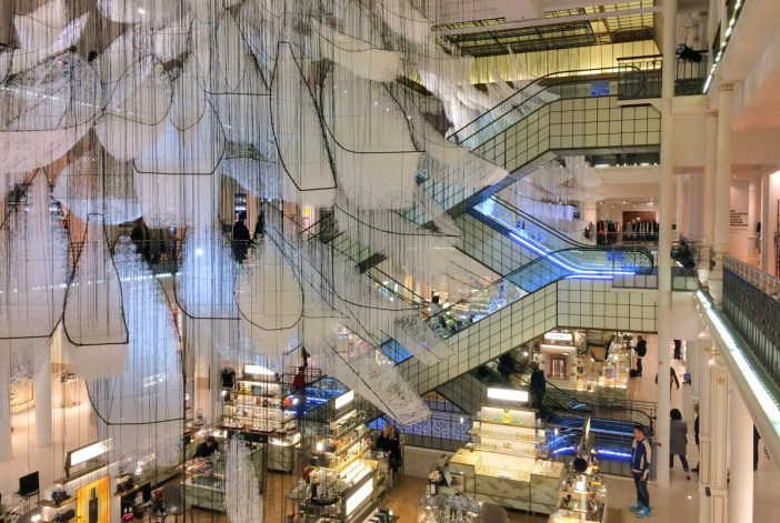 Shopping centres in Paris: Le Bon Marché, Paris © French Moments