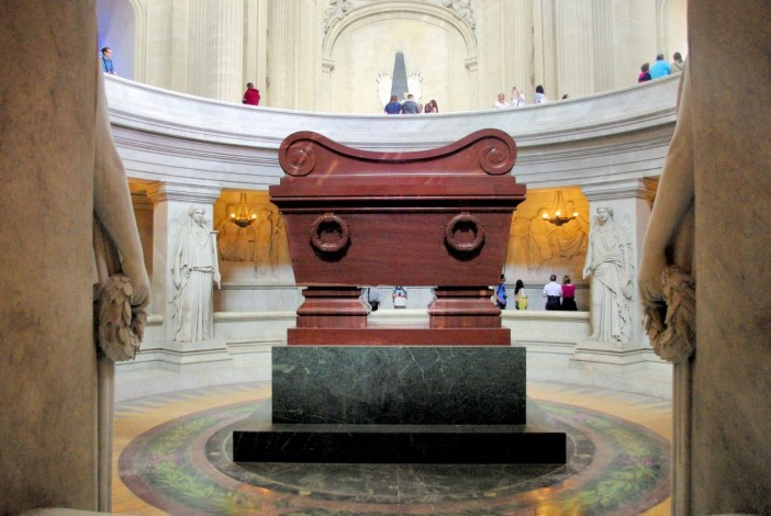 Napoleon's sarcophagus, Dome church of Les Invalides © French Moments
