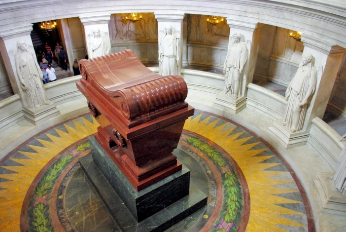 Napoleon's tomb, Les Invalides © French Moments