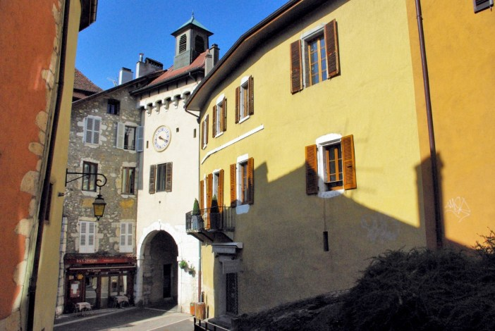 St. Claire Gate, Passage Nemours © French Moments