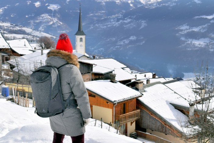 Travel to France with Akra the Arcido travel bag (Granier) © French Moments