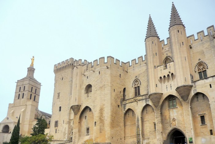 The Popes' Palace in Avignon © French Moments