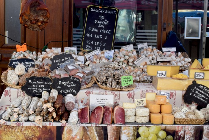 Market of Chagny, Burgundy © French Moments