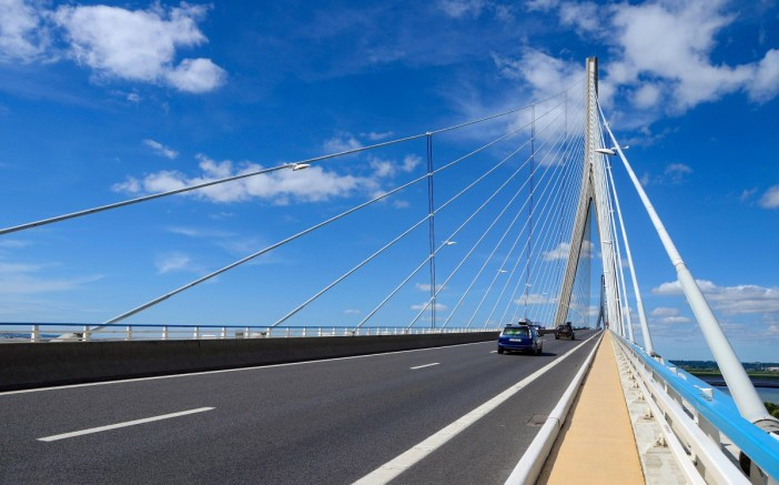 Along the Seine River: Crossing Pont de Normandie © François Roche - licence [CC BY 2.0] from Wikimedia Commons