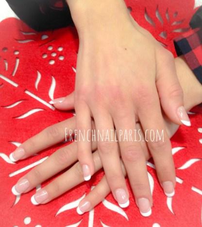 Pour une parenthèse de bien-être méritée, profitez d'un moment privilégié pour votre soin beauté des mains avec vernis permanent façon french manucure