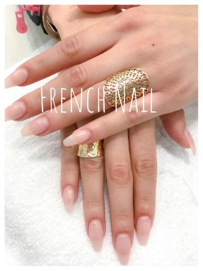 Pose résine mains avec vernis permanent