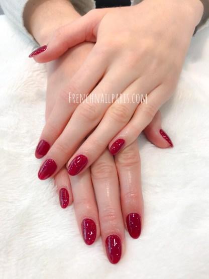 Pourquoi ne pas choisir pour votreremplissage résine pour entretenir vos ongles des mains avec vernis semi permanent ?