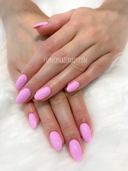 Pourquoi ne pas tenter unremplissage résineparfaitement réalisé pour entretenir vos ongles des mains avec vernis semi permanent ?