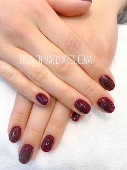 Offrez-vous des ongles infiniment plus longs et magnifiquement décorés avec un remplissage en résine associé à un vernis semi permanent ultra-tendance.