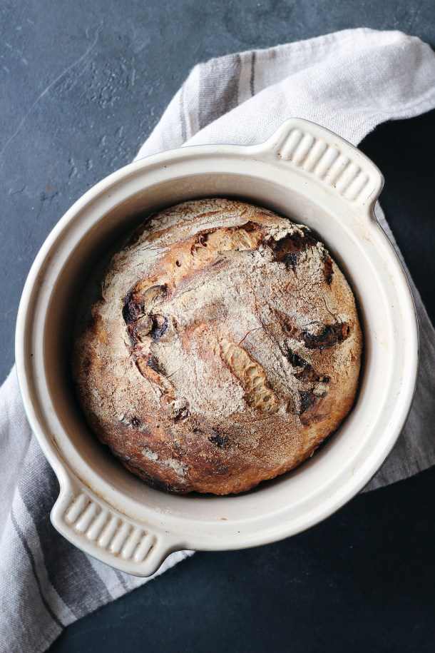 An easy, hands-off no-knead recipe for crusty cranberry walnut bread. A copycat of the Le Diplomate bread from Washington, D.C..