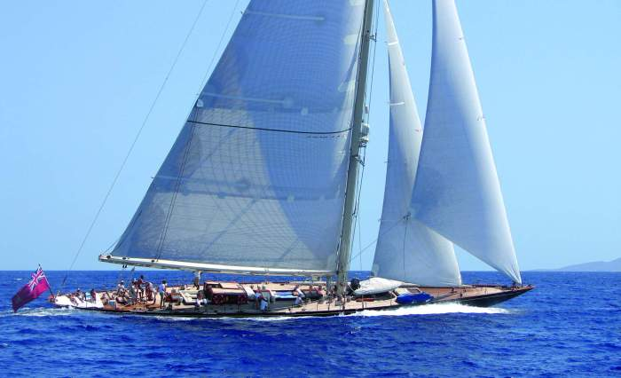 SHAMROCK V Yacht