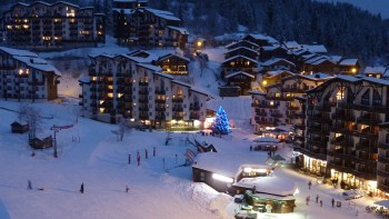 la tania night