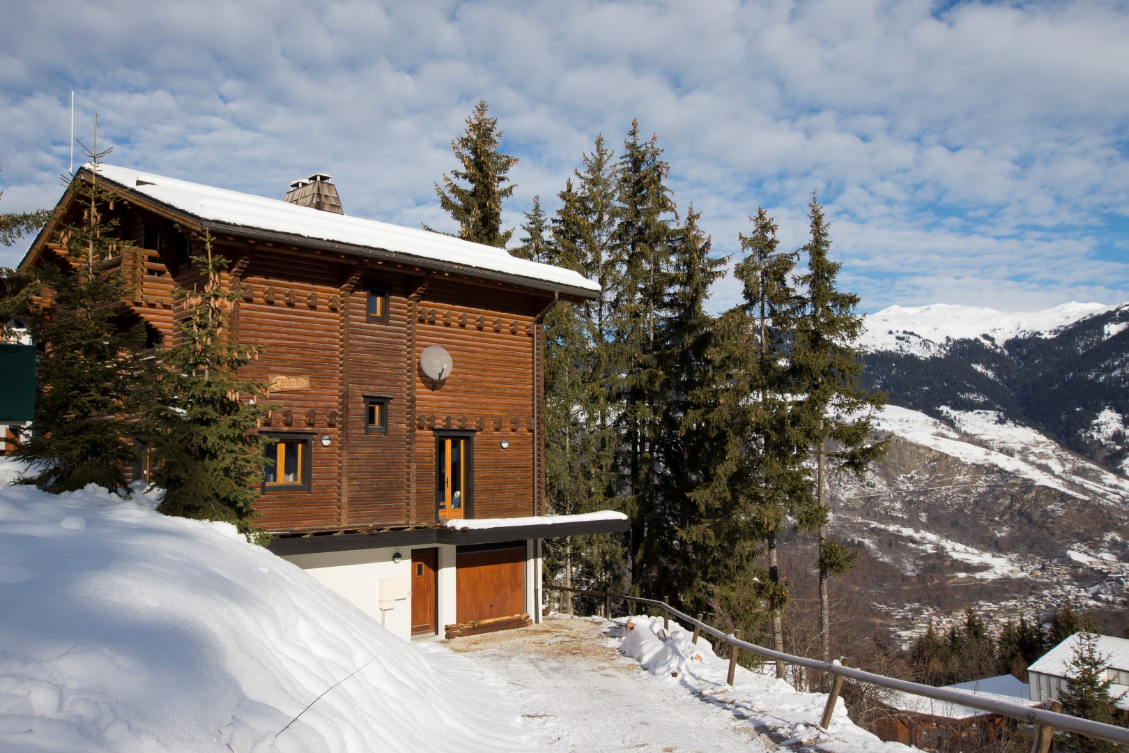 chalet side view