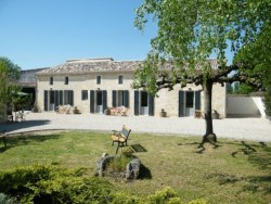 French Vineyard accommodation at Clos Viuex Rochers, Puisseguin