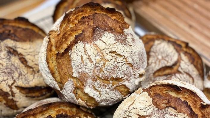 Pain Khorasan - Boulangerie les frères Blavette - BIO - Paris 14e