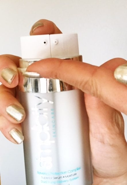 A complete, high end anti aging complex all contained in one dual chambered bottle!