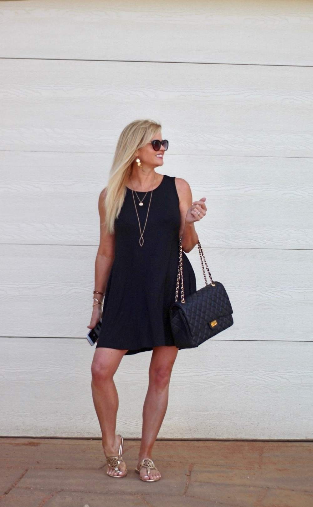 A $20 casual summer dress styled 4 ways!