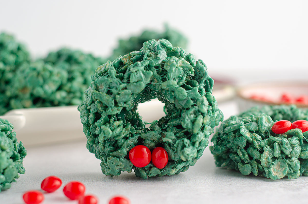 rice krispies wreath