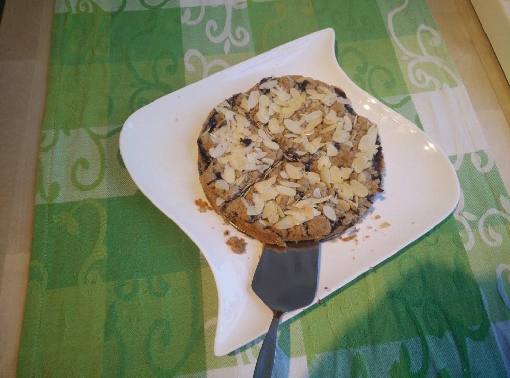 Cinnamon crumble pie