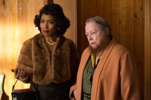 (L-R) Angela Bassett as Desiree Dupree, Kathy Bates as Ethel Darling. Photo courtesy of Michele K. Short/FX.
