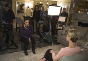 Shia (Aline Elasmar) interviews Mary (Ashley Scott) in UnREAL. Photo courtesy of Lifetime.