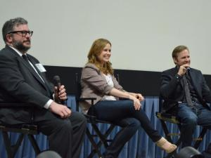 Duralde moderating a Q&A with Jenna Fischer and Lee Kirk of THE GIANT MECHANICAL MAN at the 42nd annual USA Film Festival. Photo courtesy of USA Film Festival.