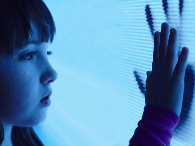 Maddie (Kennedi Clements) says the infamous line in POLTERGEIST. Courtesy of 20th Century Fox.