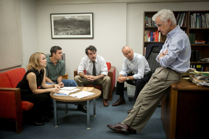 (Left to right) Rachel McAdams, Mark Ruffalo, Brian d'Arcy, Michael Keaton and John Slattery in SPOTLIGHT. Courtesy of Open Road Films.