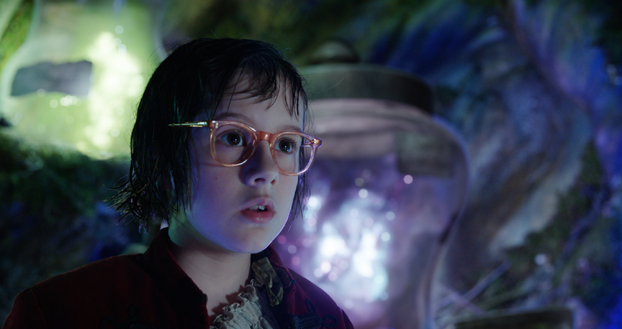 Director Steven Spielberg & Ruby Barnhill talk trust and technology in 'THE BFG'