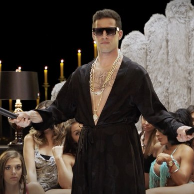 #tbt review: mockumentaries, parodies and satires that pop