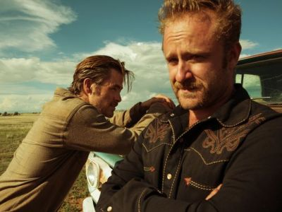 Chris Pine and Ben Foster play the Howard brothers in HELL OR HIGH WATER. Photo courtesy of CBS Films.