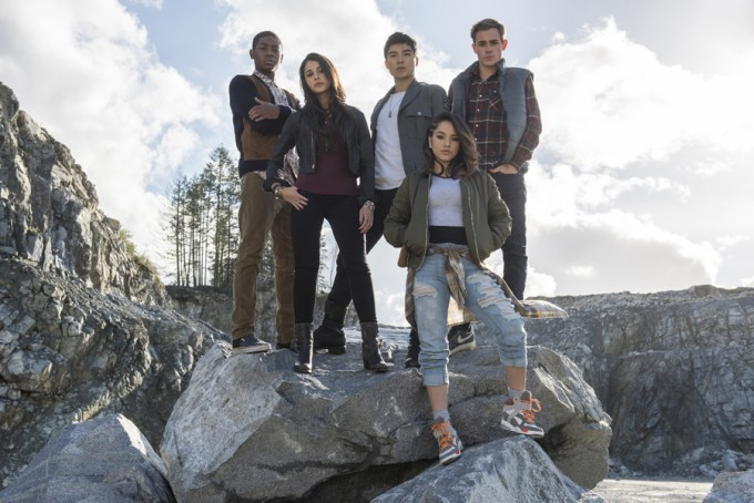 From left to right: Billy the Blue Ranger (RJ Cyler), Kimberly the Pink Ranger (Naomi Scott), Zack the Black Ranger (Ludi Lin), Trini the Yellow Ranger (Becky G) and Jason the Red Ranger (Dacre Montgomery) in SABAN'S POWER RANGERS. Courtesy of Lionsgate.