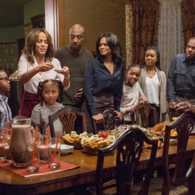 Movie Review: 'ALMOST CHRISTMAS' spreads yuletide cheer, tears
