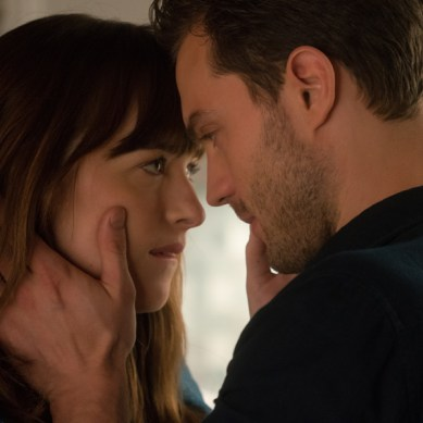 Movie Review: 'FIFTY SHADES DARKER' – Turn Off The Dark