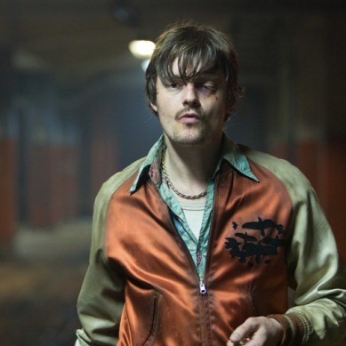 Sam Riley shoots down typecasting with his dynamic 'shit bag' role in 'FREE FIRE'