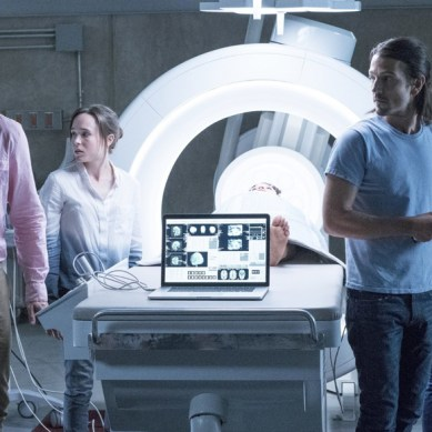 Today's a good day to die (of nostalgia) for those in 'FLATLINERS'