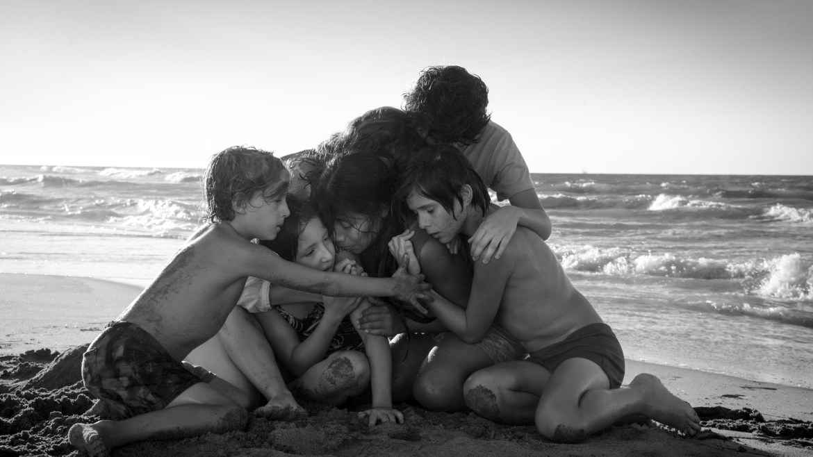 TIFF Review: 'ROMA' a dull sensory overload that lacks agency