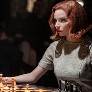 [Review] 'THE QUEEN'S GAMBIT' gets you excited about chess, even if you don't play